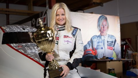 Marit Strømøy er første og eneste kvinne som har vunnet en runde i verdenscupen for Formel 1 båt. I juni kommer hun til Halden.
