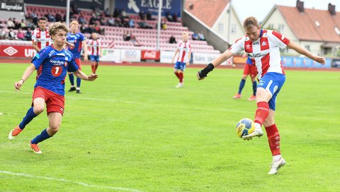 GOD: Fabian Stensrud Ness spilte en god kamp da Kvik Halden slo Tromsdalen 3-1 i serieåpningen.