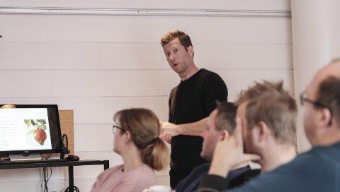 Kjetil Raaen Widding er prosjektleiar for eit forprosjekt med mål om å byggja opp eit nasjonalt frukt- og sidersenter i Hardanger. Arkivfoto