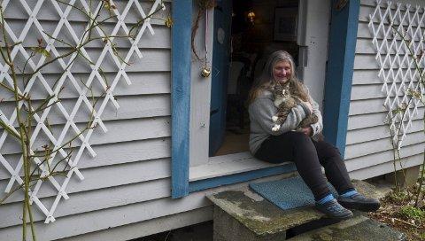 Idérikdom: Arnhild Bleie er dama bak Facebooksida LIV og LAG på 5776 NÅ. Sjølv har ho mange jarn i elden, og driv mellom anna utleige til turistar. Arkivfoto: Eli Lund