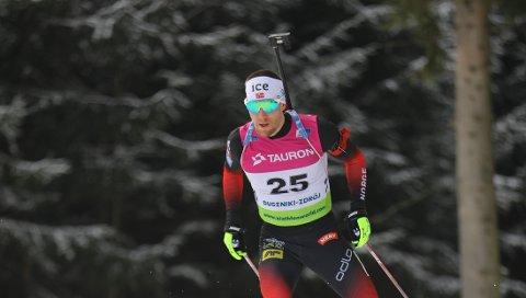 EM-SØLV: Erlend Øvereng Bjøntegaard på vei til sølvet på normaldistansen i EM i Polen onsdag.