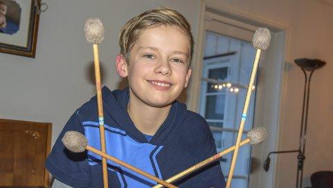 Spiller videre: Ola Sønstebø (12) kommer til å fortsette å satse på marimbaen sin selv om deltakelsen i Norske Talenter er over.Foto: Cecilie Johannessen