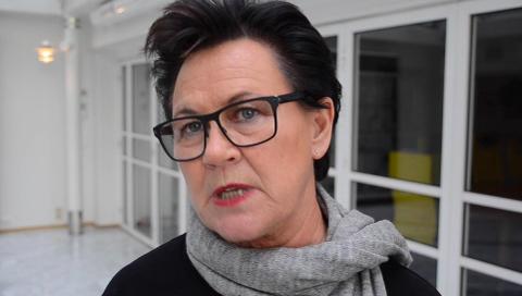 GEBYRER: Ingunn Foss, stortingsrepresentant for Høyre fra Lyngdal lover at det vil skje noe med inkassogebyrene på småbeløp.