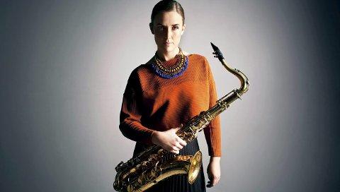 SAKSOFONIST: Hanna Paulsberg skal spille på den 54. utgaven av Kongsberg Jazzfestival. (Pressefoto)