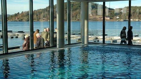 I Son: I badebyen er det tre bassenger. Ett er kommunalt og to er private. Her fra Son Spa.