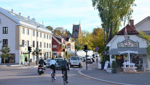 SÆTERKRYSSET: Nå er det opp til politikerne å si ja eller nei til forslaget om å fullføre sykkelfeltene i Sæterkrysset.