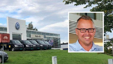 FORNØYD: Daglig leder Svein Morten Bergh i Møller Bil Ryen (innfelt) gleder seg over gode salgstall.