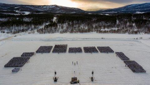 Brigade Nord oppstilt på Artillerisletta ved Setermoen leir, i anledning vinterøvelsen Joint Reindeer, søndag 11. mars 2018.