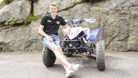 Ny framgang: Christopher Tveråen er nå best i Norge i ATV-cross med 450ccm-firhjulinger, og han jakter videre mot å bli enda bedre i Europa.Foto: Torgrim Skogheim