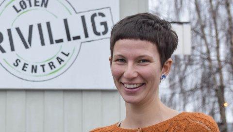 ALENE PÅ JOBB: Trine Fjeldstad Kazemba fra Elverum er daglig leder ved Løten Frivilligsentral.