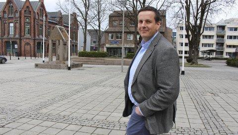 Direktør: Kommunalsjef Øistein Brinck er ansatt som ny direktør for samfunnsutvikling, internasjonalisering og klima i Vestfold og Telemark fylke. 18 vil ha jobben hans i Porsgrunn kommune.