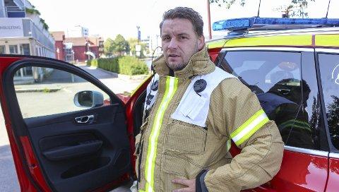 BRANNSJEF: Morten Meen Gallefos er brannsjef for ny felles brann- og redningstjeneste for Drangedal, Bamble og Porsgrunn. Han er veldig komfortabel med Fylkesmannens avgjørelse, og mener de har gjort alt riktig med å utrede sammenslåingen.
