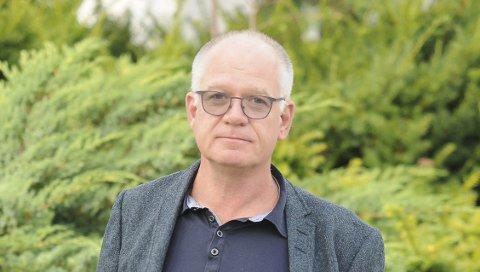 ARBEIDSGRUPPE: Rolf Dehli vil selge kommunale tomter.