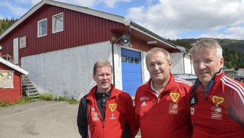 KLAR: Dag Arnfinn Nilsen, Trond Olsen og Frode Meisfjord i B & Y IL er glad for at det er gitt klarsignal. Foto: Trond Isaksen