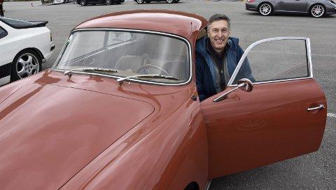 1958: Ordtaket «Gammel kjærlighet ruster ikke», passer bra for Holger Greim og hans Porsche 356 A fra 1958. Han selger ikke bilen med det første. Foto: Viktor Leeds Høgseth