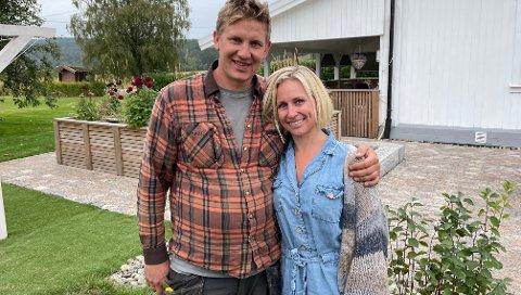 PAR I HJERTER: Ole Guttorm Bjørnstad og kona Lene Henriksen Bjørnstad møttes på god, gammeldags bygdefest på Motangen.