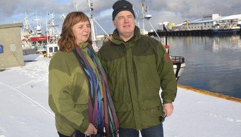 RIKTIG VALG: Runa og Torger Hjalmar Ugstad er ofte ned i havna på Andenes for å se på livet eller treffe nye mennesker. Det angrer ikke et sekund på at de pakket bilen og flyttet nordover sist høst.