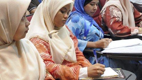 OPPLÆRING: Nyankomne innvandrere har både rett og plikt til å delta på norskopplæring. De fleste personene kommer fra Eritrea, Syria og Somalia. I Røyken og Hurum var det 158 personer som deltok i 2015. (Illustrasjonsfoto)