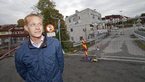 SKRIFTLIG: Steinar Østli Andreassen har kun ønsket å svare på RHAs henvendelser skriftlig i saken om brannstasjonen på Tofte.