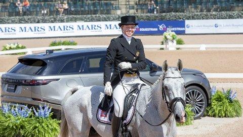PERSONLIG BESTENOTERING: Heidi Bratlie Larsen og hesten Euforian satte personlig bestenotering i sin første delprøve under VM i feltritt, og er storfornøyd med resultatet selv om det ikke holder til en tetplass så langt. Foto: Roland Thunholm