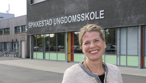 NYANSATT REKTOR: Siden 1. august i år har Trude Bøe vært rektor på Spikkestad ungdomsskole. Hun føler seg velkommen.