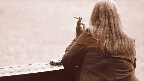 KOLS: Røyking er ofte en årsak til dannelse av sykdommen KOLS (kronisk obstruktiv Lungesykdom). Fler enn fire av fem kols-syke er eller har vært røykere. (Illustrasjonsfoto)