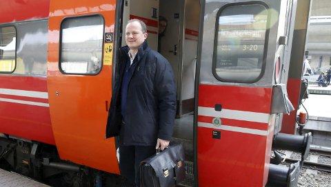 KRITIKK: Samferdselsminister Ketil Solvik-Olsen må påregne kritikk når han mandag gjester landsmøtet til Norsk Jernbaneforbund. FOTO: NTB scanpix