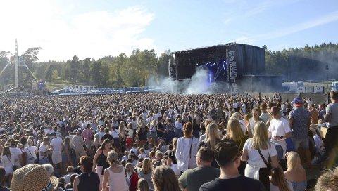 PUBLIKUMSREKORD: Tiltross publikumsrekord under årets festival hadde Stavernsfestivalen færre ordensproblemer og bråk enn tidligere.