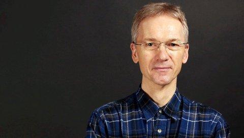 Rasmus Rasmussen har sammen med Bjørn Guvåg skrevet leserbrev om omkamp.