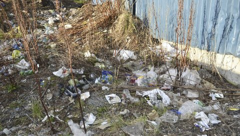 Hagelin-området er sterkt preget av forsøpling i dag.