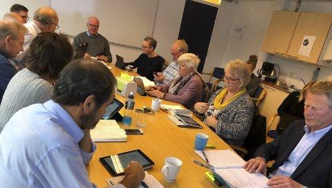 Formannskapet: Ble presentert for gallopperende NAV-tall, som det nesre formannskapet må ta tak i. Foto: Olav Loftesnes