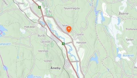 GAMLEVEIEN:Ulykka skjedde noen hundre meter nord for Hakadal kirke.