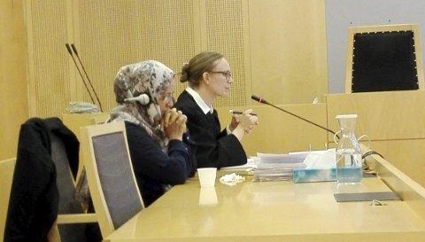 Tre dager: Oslo tingrett behandlet sist uke saken til Sakinah (35) og hennes tre barn, der man forsøker å omgjøre utkastelsesvedtaket mot familien. Til høyre i bildet er familiens advokat, Vera Vikki.Alle Foto: privat