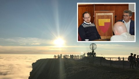 Under løyvemøte presenterte Scandic og Knut Sigurd Pettersen (til høyre) informasjon om Nordkapplatået.