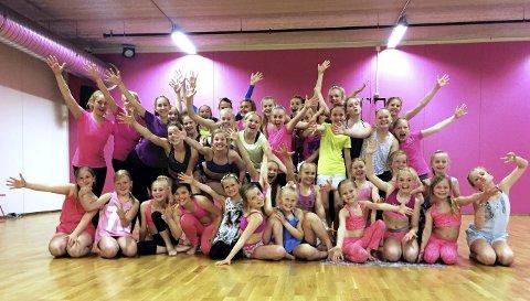 Stor tropp: Elite Dance sender en stor tropp til helgens NM som finner sted i Fjellhamarhallen.