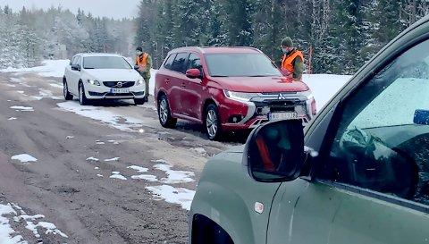 HV-soldater fra Gudbrandsdalen patruljerer svenskegrensa på oppdrag fra politiet.