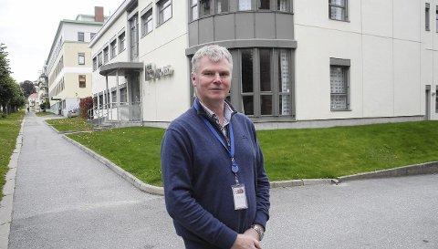 PERMITTERINGER: – Det går bedre. Vi har nedgang i permitteringene, sier forskningsdirektør Atle Valseth.