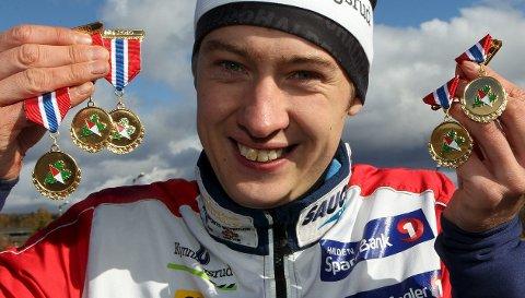 1 medaljegrossist: Olav Lundanes slik vi er vant til å se ham. Med masse medaljer.foto: erik borg