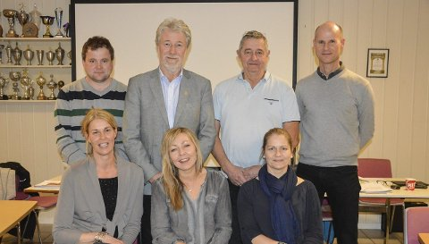 JUBILEUMSSTYRET I TTIF: : Bak fra venstre Torfinn Bønøgård, Tron Grandal, Egil Hult, Jens Ludvig Larssen. Foran fra venstre Lill Thøgersen, Nina Gundersen, Cathrine Antonsen.