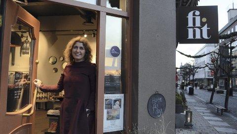 TILBYR DEG ALENETID: Mange vegrer seg for å oppsøke småbutikker i frykt for koronasmitte og det er blant annet disse Hanne Hønningstad på Fint ønsker å nå med tilbudet hun nå har lansert. Nå er det mulig å booke tid i butikken hvor du får være helt alene.
