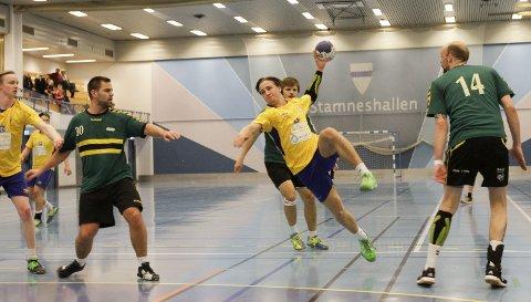 SCORET FIRE:  Magnar Jakobsen scoret fire mål da SIL vant komfortabelt mot Kolvereid i Stamneshallen.
