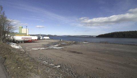 KAI: Her sør for Felleskjøpet planlegger NOAH å anlegge et kaianlegg. FOTO: Jarl rehn-Erichsen