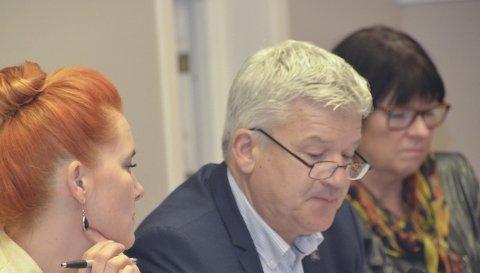 MYE: Rådmann Inger Lysa (t.h.) og administrasjonen for øvrig får mange oppdrag fra politikerne gjennom de såkalte verbalforslagene.