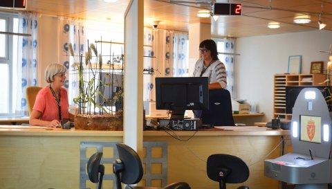ENN SÅ LENGE: Passkontoret i Kongsberg har åpent daglig enn så lenge. Det er ventet innskrenkninger i løpet av høsten.