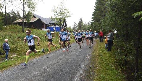 RETT I TET: Vegglingen Odin Tveiten tok teten i Numedalsløpet ut fra start i Lyngdal og vant som han ville.