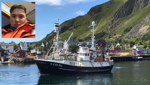 Jonathan Nygård Olsen fra Reine jobber på båten «Ann Brita» når han ikke studerer på Leknes.