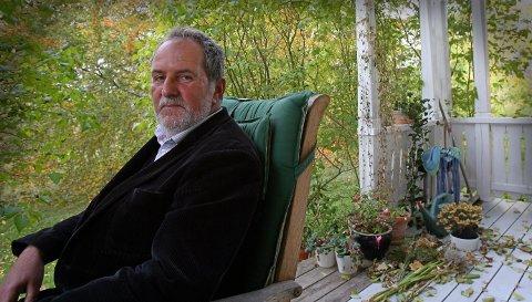 Jon Michelet bodde i Larkollen.