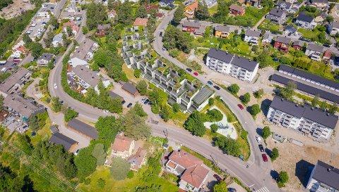 FORSLAG: I Steinborgveien på Høyenhall, like ved Svartdalsveien (i forkant) foreslås det bygging av et langstrakt leilighetsbygg. Illustrasjon fra saksinnsyn: Jensen & Skodvin Arkitekter AS