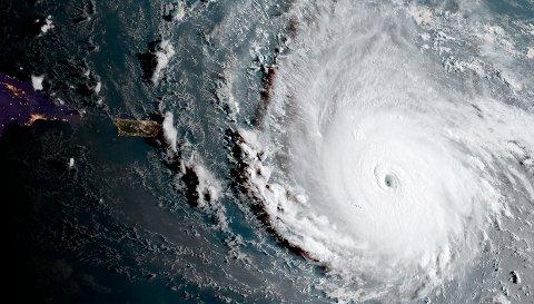 PÅ VEI: Orkanen Irma er på vei mot Florida. Orkanen er den kraftigste som noen sinne er registrert.
