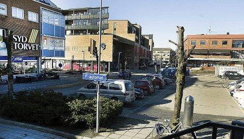 GULROT: Eldrerådet i Ski mener gratis parkering den første timen vil være en gulrot for dem som vil handle i gågata og i Ski sentrum.
